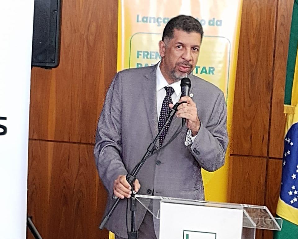 Petrus Elesbão, presidente do Sindilegis-DF e vice-presidente do Centro-oeste da Fenale