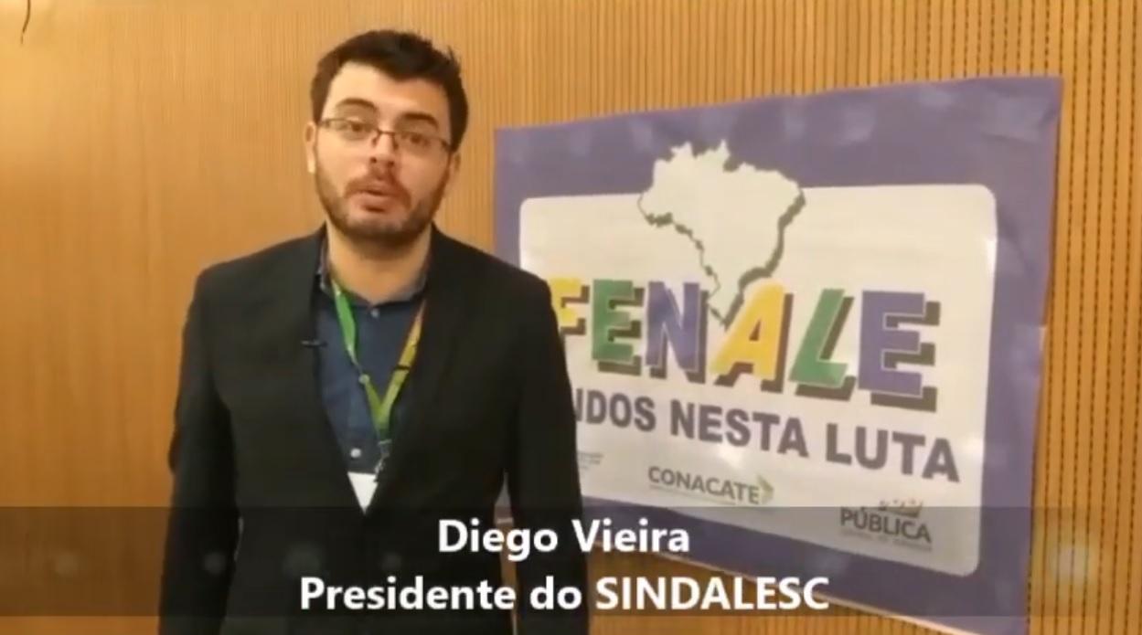 Diego Vieira, presidente do SINDALESC, fala sobre a reforma administrativa e o desmonte do serviço público.